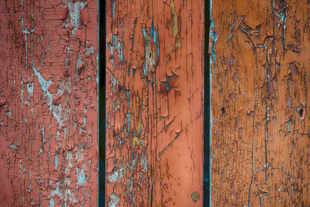 Oud hout en oude spullen